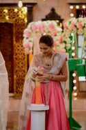 Actress Ayesha Omar's Pictures in Morning Show of Nida Yasir (2)