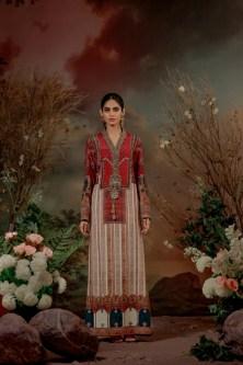 Old World Charm Brings Back With Latest Collection Guzel By Shamaeel Ansari (8)