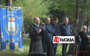 Padre Serafino con le autorità ecclesiastiche