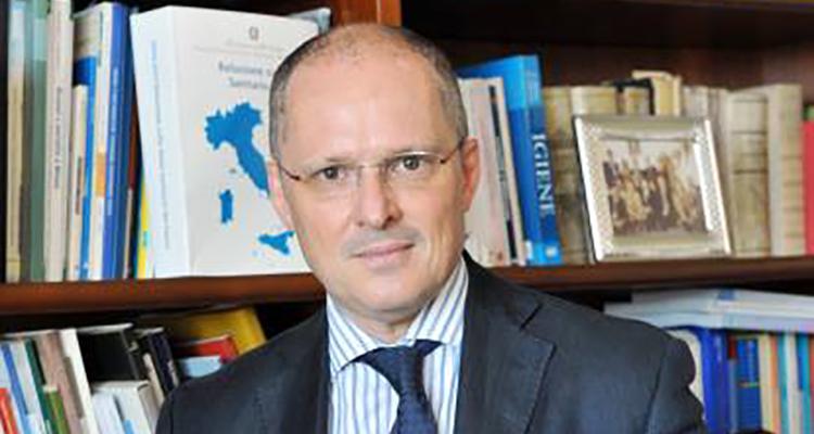 Il dr. Walter Ricciardi, medico italiano, di Napoli per la precisione, da anni è tra i medici più apprezzati al mondo. Ecco chi è e chi era.