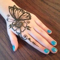 Beautifull Butterfly Mehndi Design Looking Style 2020