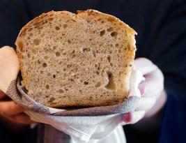 Pâine cu Maia și semințe – Video