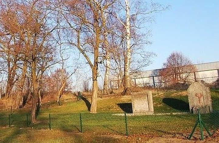 Ocalić od zapomnienia – Dawne cmentarze Lubina. Cmentarz Małomice