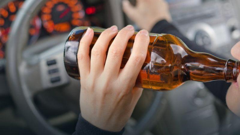 Pijani kierowcy spowodowali kolizje i stracili prawo jazdy