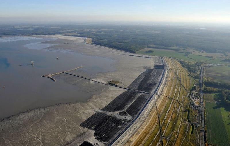 Żelazny most grozi katastrofą?