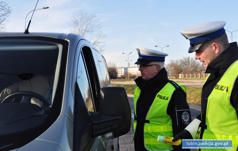 Policja przeciwko jeździe na tzw. podwójnym gazie
