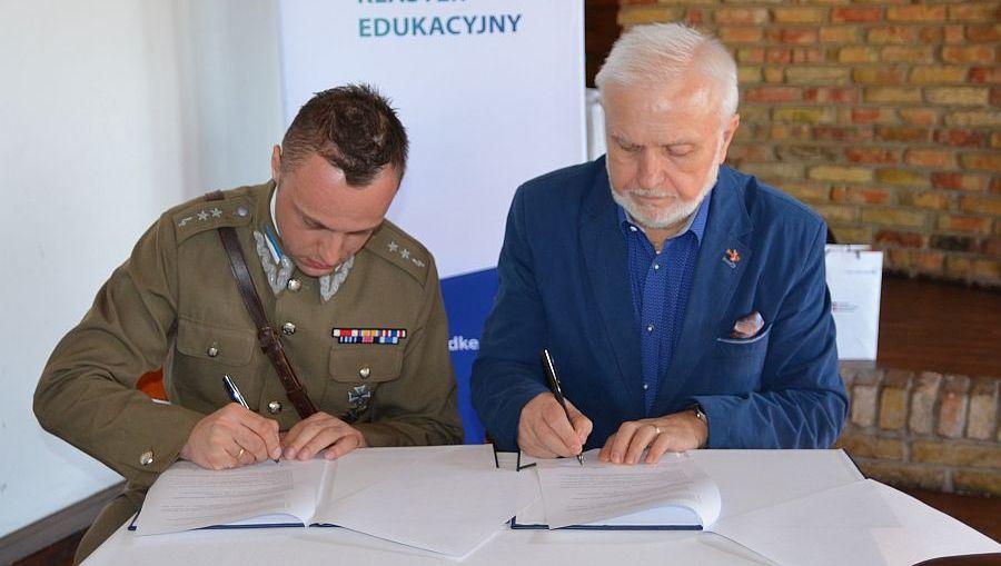Szkoła z Wilna przystąpiła do Dolnośląskiego Klastra Edukacyjnego