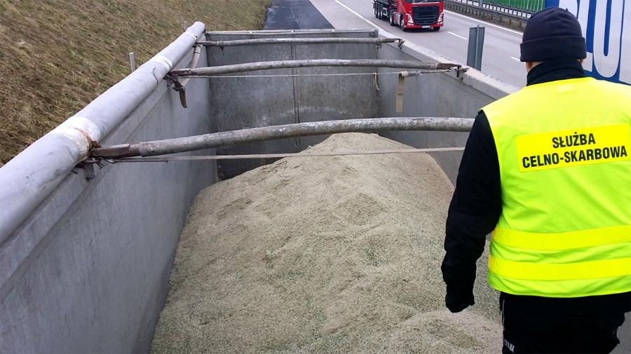 KAS zatrzymała transporty 36 ton odpadów