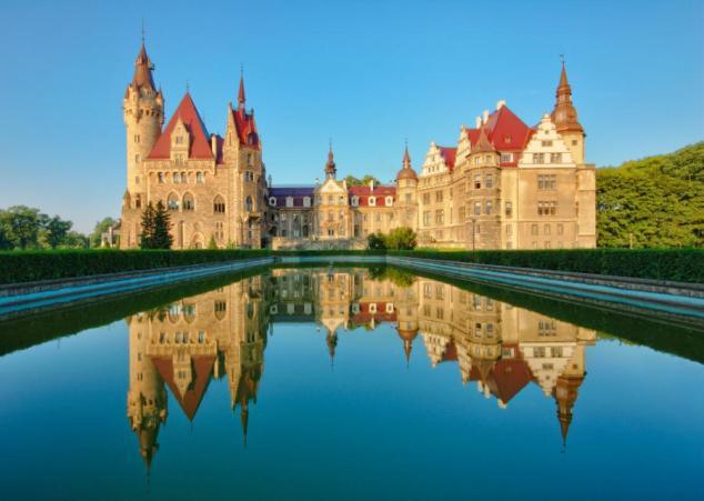Polska egzotyczna - zamek w Mosznie