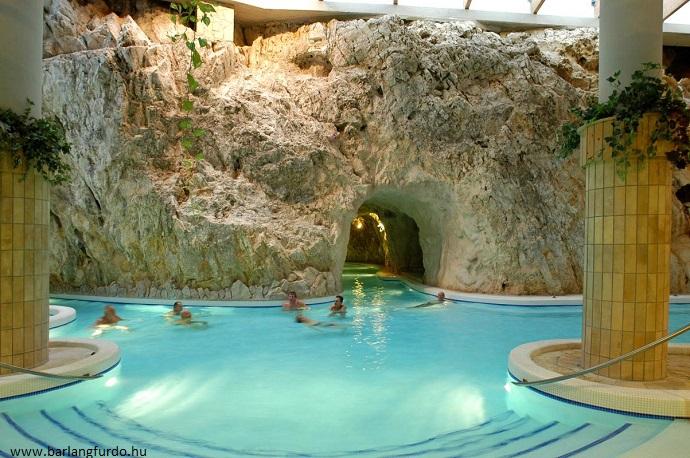 Najlepsze aquaparki w Europie - Miskolc Tapolca