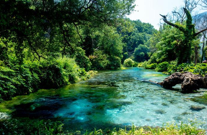 Najpiękniejsze zakątki Albanii - Błękitne Oko