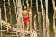 Dziewczyna z plemienia Boras nad rzeką Momon, jednym z dopływów Amazonki