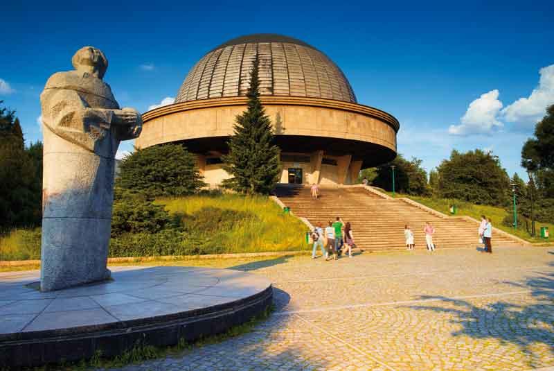 Planetarium Śląskie im. Mikołaja Kopernika – największe i najstarsze planetarium i obserwatorium astronomiczne w Polsce. Zostało założone 4 grudnia 1955 r. w ówczesnym Wojewódzkim Parku Kultury i Wypoczynku w Chorzowie. Budowę Planetarium Śląskiego rozpoczęto z okazji Roku Kopernikowskiego jeszcze w 1953 r. Zbudowano je na najwyższym wzniesieniu parku – tzw. Górze Parkowej. Autorem projektu był architekt Zbigniew Solawa.