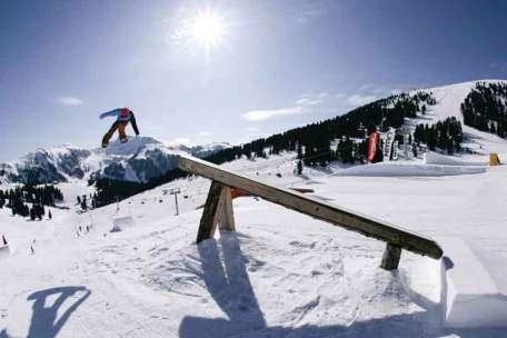 Snowpark w Obereggen to raj dla snowboardzistów