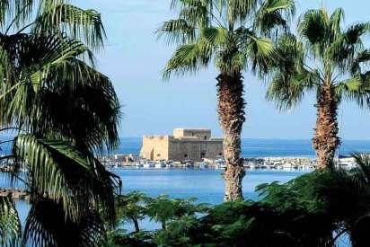 Bizantyjski fort wzniesiony w Pafos u wejścia do portu