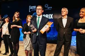 Paweł Bylicki odbiera nagrodę Grand Prix