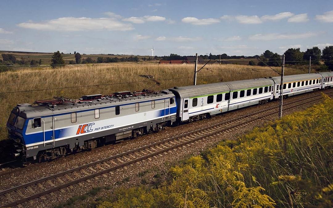Specjalne zasady zwrotu biletów w PKP Intercity.