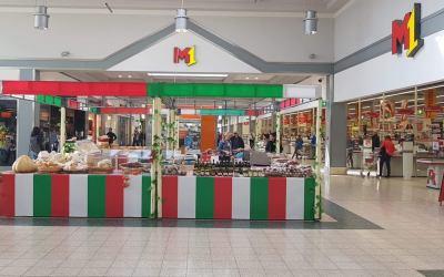Włoski targ produktów spożywczych w Pruszkowie