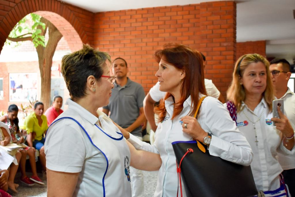 """""""La apertura de la urgencias del Hospital Julio Méndez Barreneche es quizás, por su impacto, la obra más importante de mi Gobierno"""" gobernadora Rosa"""
