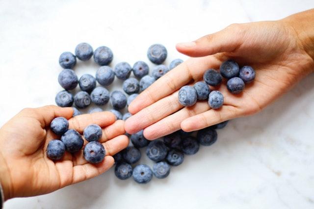 Blaubeeren sind besonders reich an Antioxidantien.