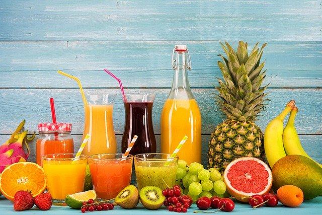 Fettarme süße Getränke und Smoothies sind ein Rezept für Übergewicht.