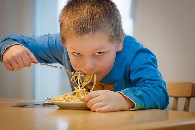 Vielleicht ignorierst du deine Sättigung und isst immer deinen Teller auf?