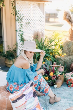 Free Spirited and Boho Fashion Photography for the Bohemian Mama by Magdalena Studios 0024.