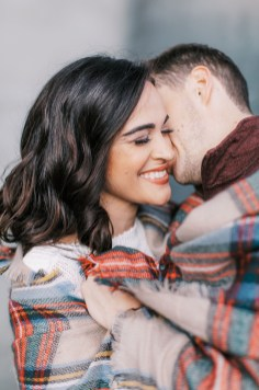 Cozy and Romantic Autumn Engagement Photography by Magdalena Studios 0016