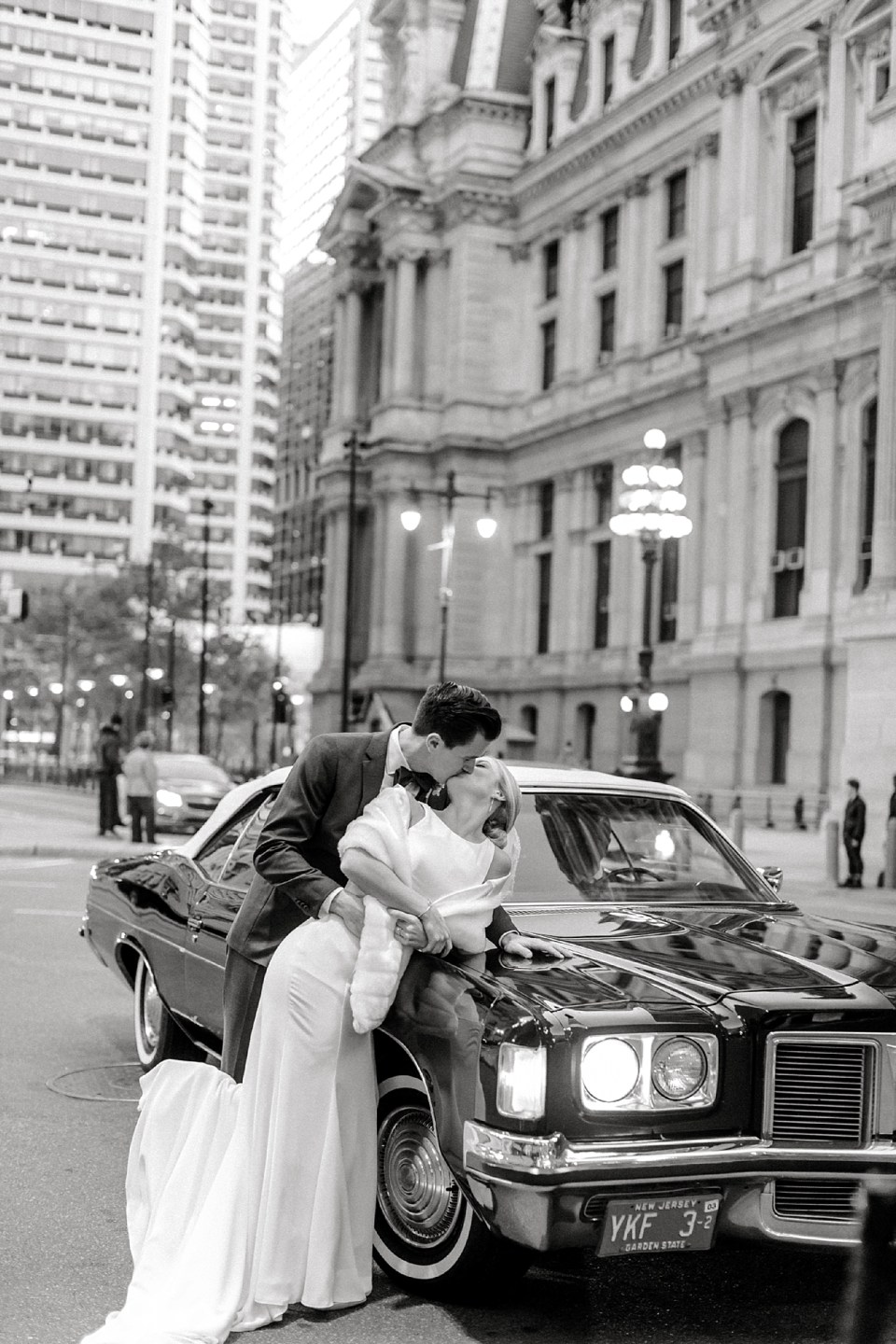 Romantic and Modern City Wedding Photography in Philadelphia PA by Magdalena Studios 0045
