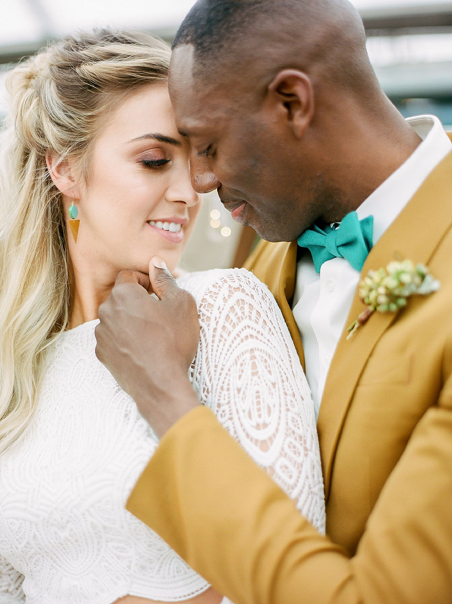 Colorful and Vibrant Wedding Photography at Fairmount Horticultural Center by Magdalena Studios 0014