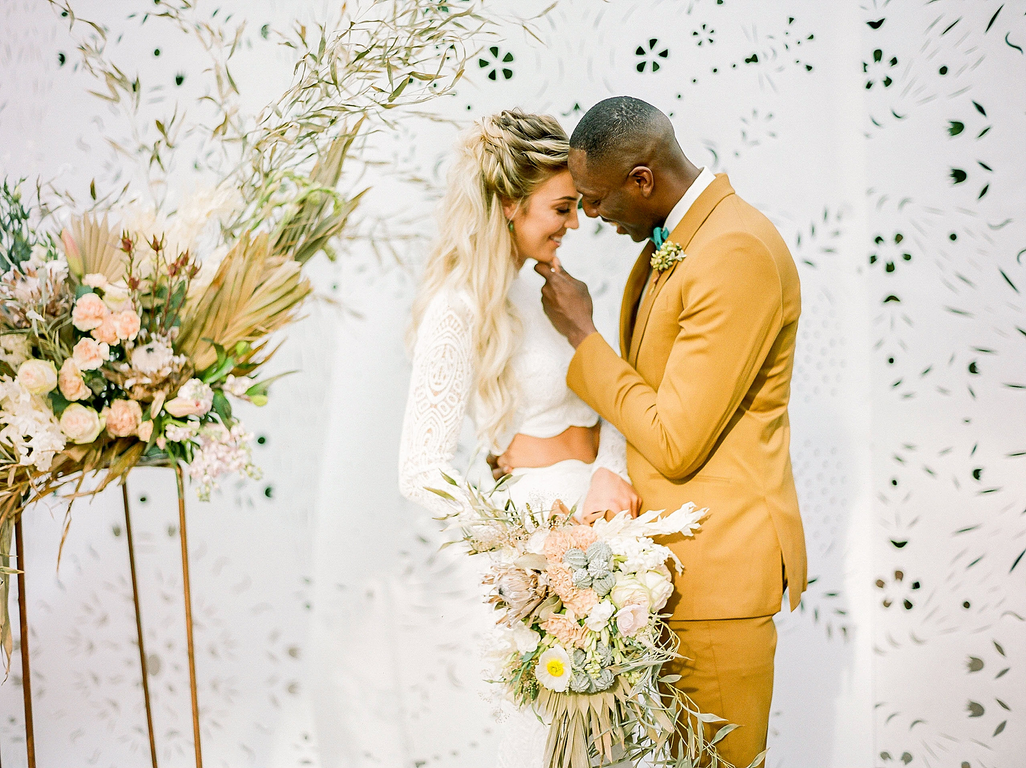 Colorful and Vibrant Wedding Photography at Fairmount Horticultural Center by Magdalena Studios 0026