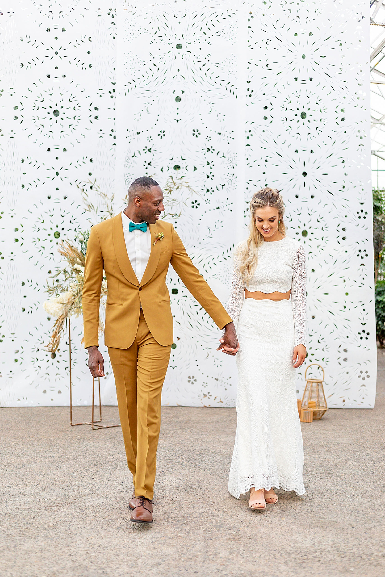 Colorful and Vibrant Wedding Photography at Fairmount Horticultural Center by Magdalena Studios 0029