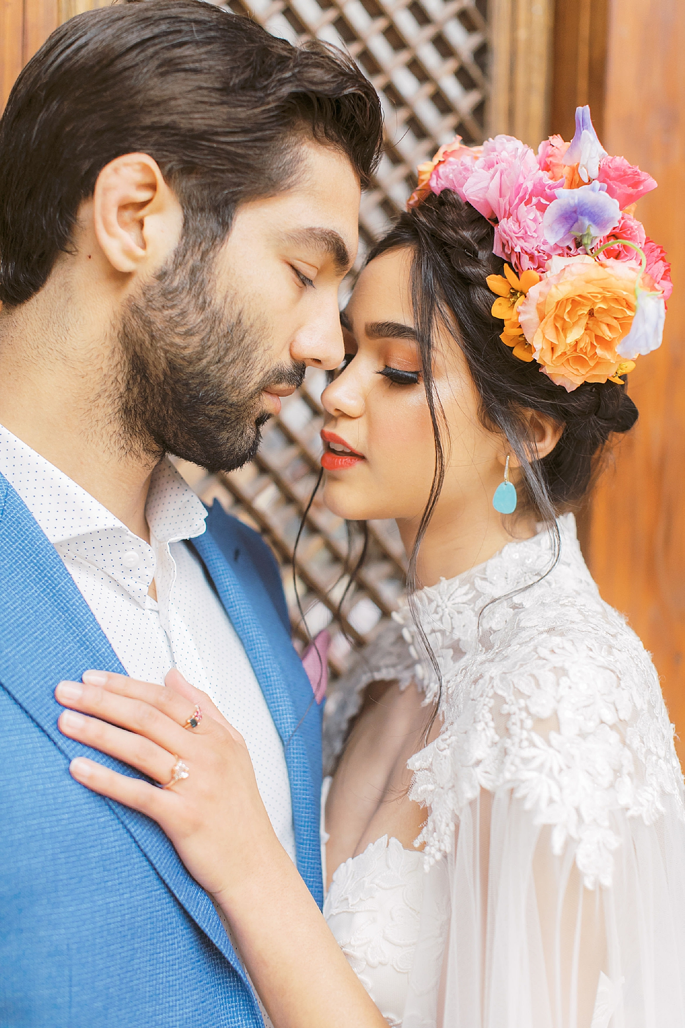Vibrant and Colorful Frida Kahlo Inspired Wedding Photography by Magdalena Studios 0023