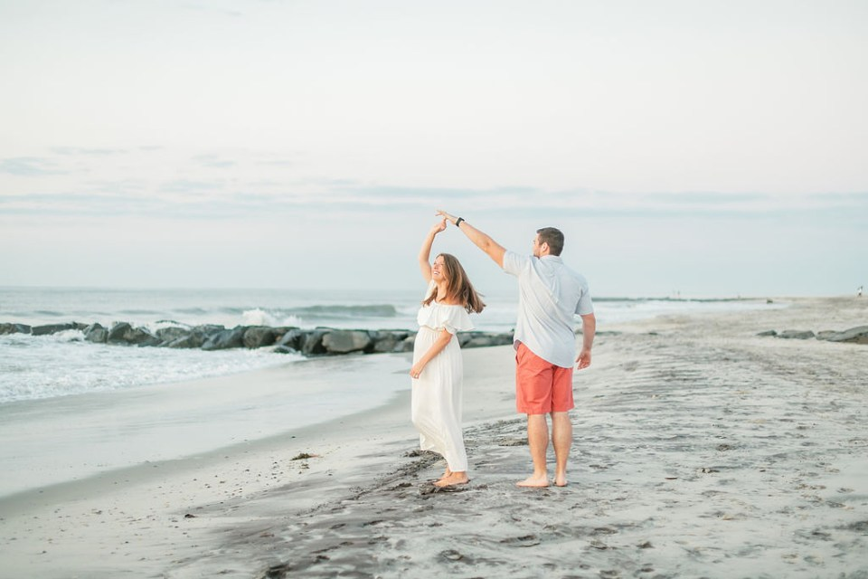 Glowy and Romantic Maternity Photography in Ocean City NJ by Magdalena Studios 0004