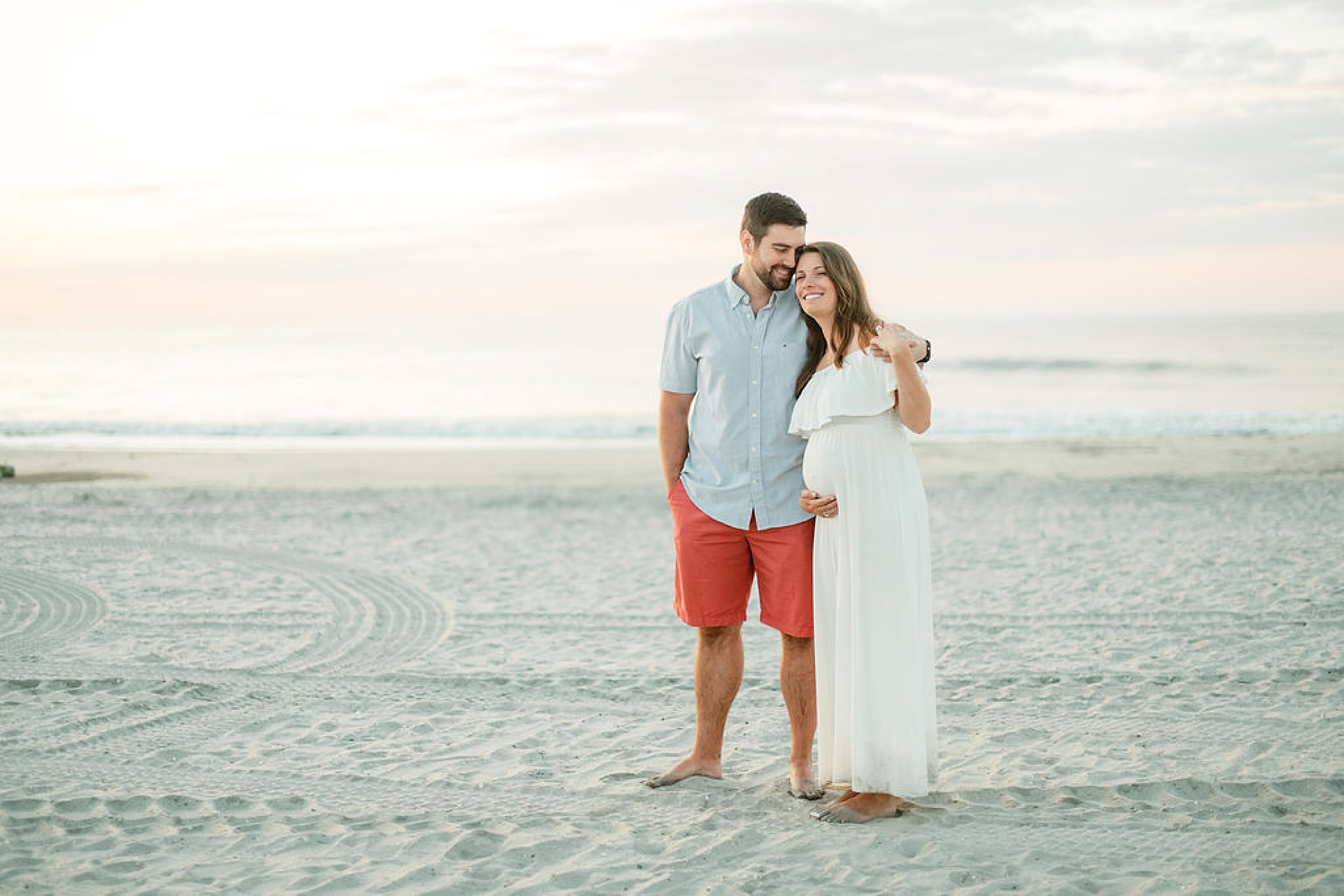 Glowy and Romantic Maternity Photography in Ocean City NJ by Magdalena Studios 0012