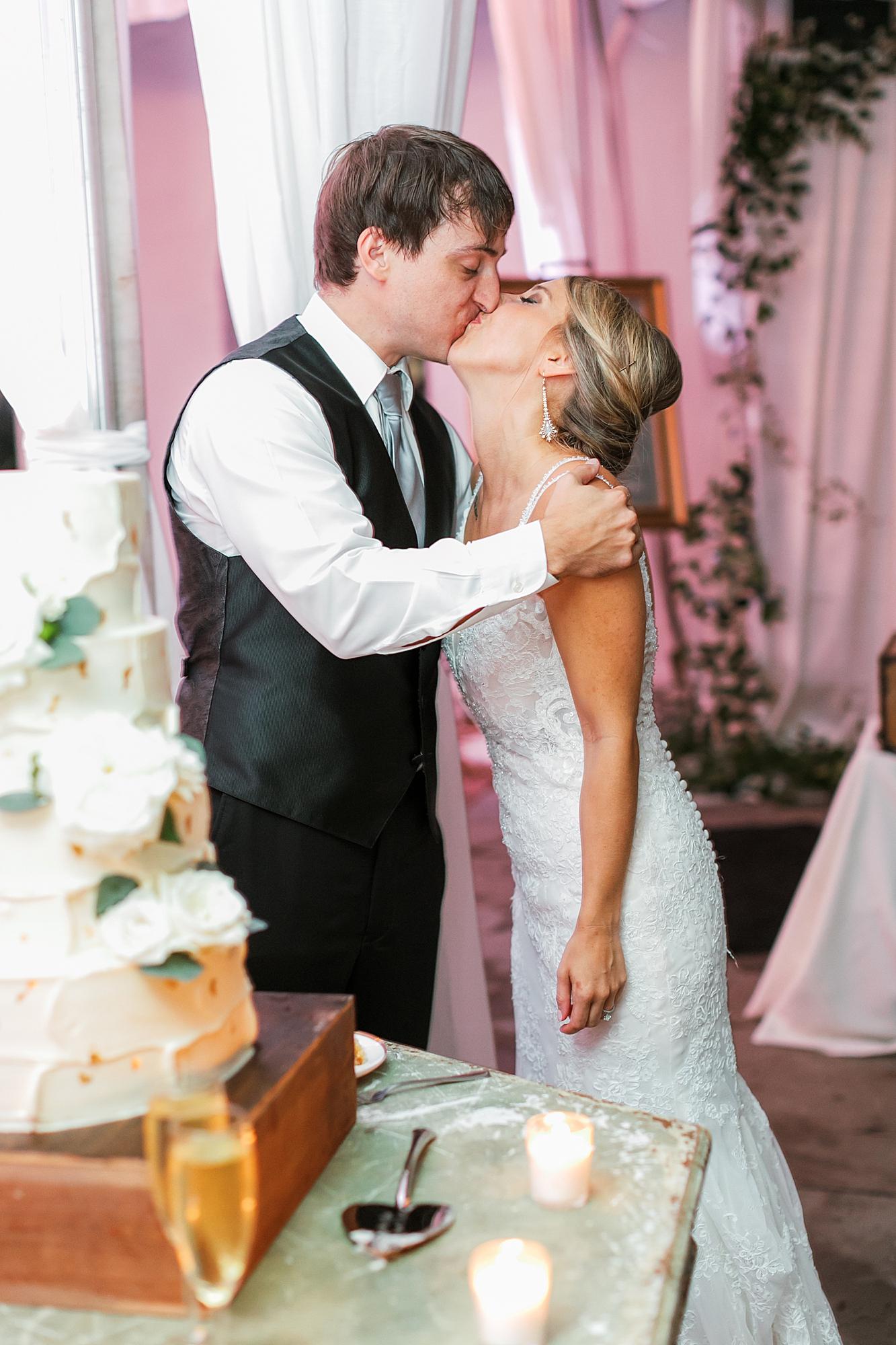 Lowndes Grove Plantation Charleston Film Wedding Photographer Magdalena Studios87