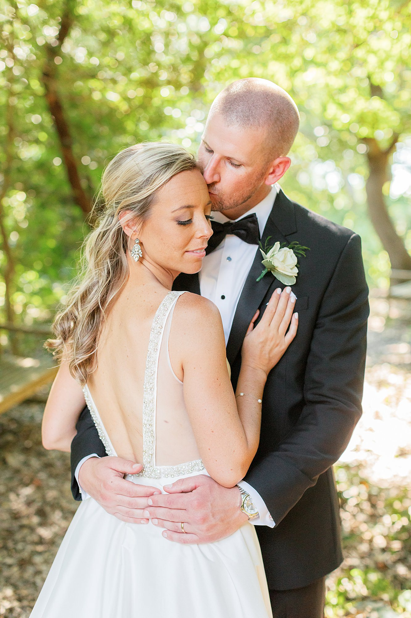 Natural and Vibrant Wedding Photography at the Reeds in Stone Harbor NJ by Magdalena Studios 0047
