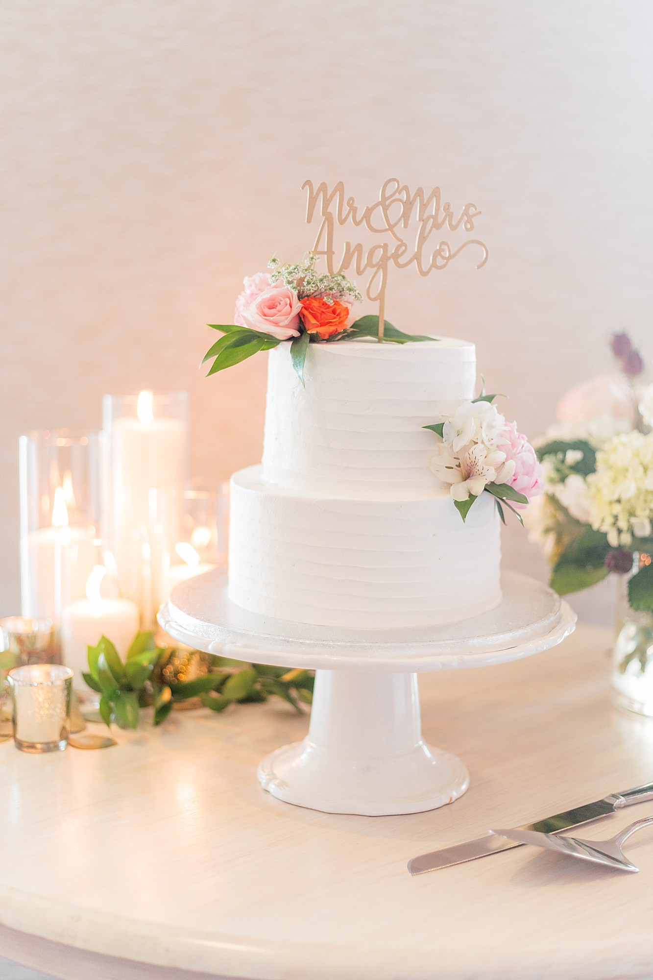 Natural and Vibrant Wedding Photography at the Reeds in Stone Harbor NJ by Magdalena Studios 0055