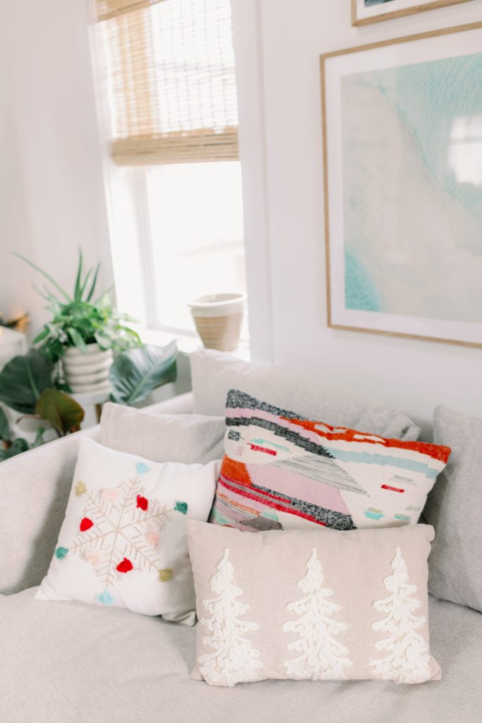 Modern Minimalist Holiday Home Decor Ideas Magdalena Studios The Fisher Bungalow17 scaled