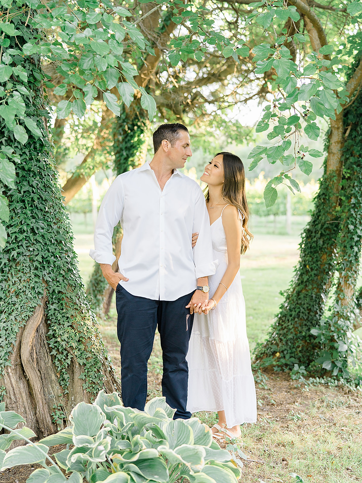 Willow Creek Winery New Jersey Engagement Photography by Magdalena Studios 0001