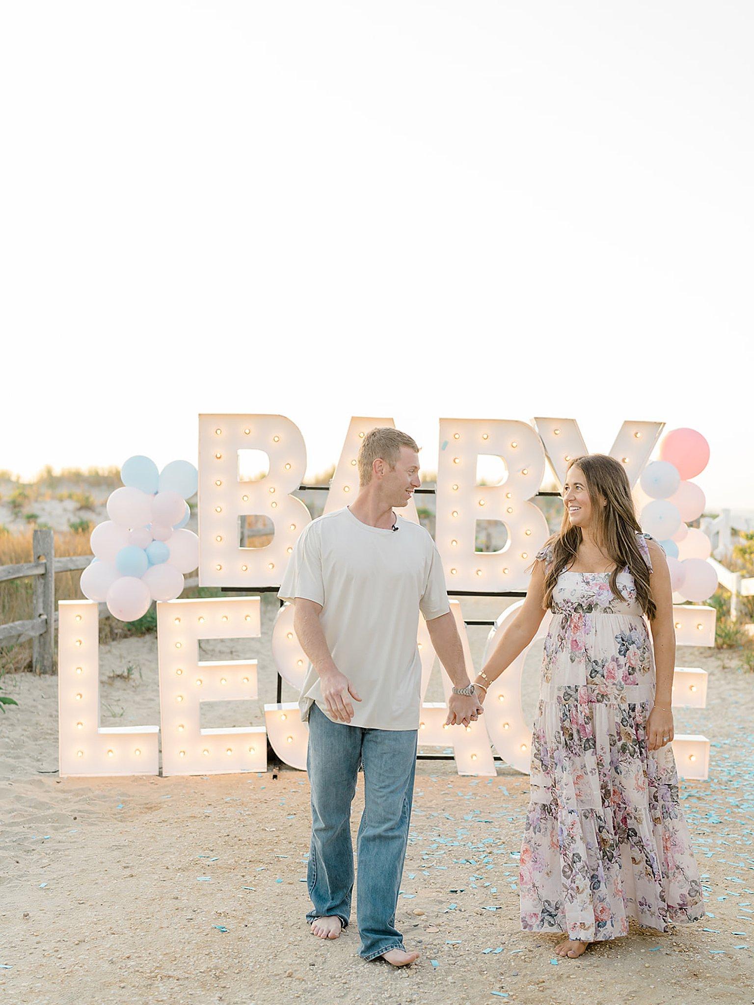 Ocean City NJ Gender Reveal Pregnancy Photography by Magdalena Studios 0012 1