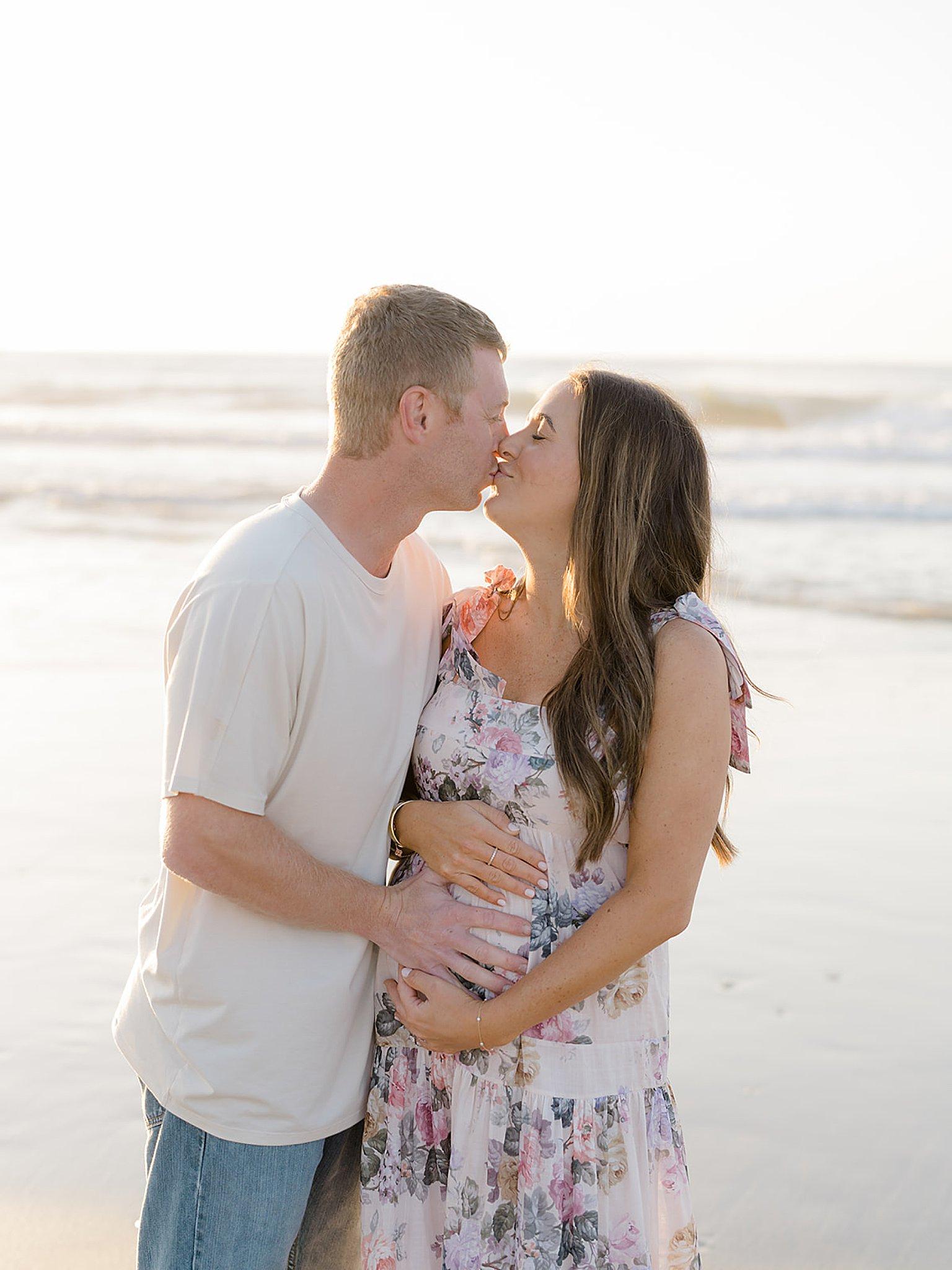 Ocean City NJ Gender Reveal Pregnancy Photography by Magdalena Studios 0021