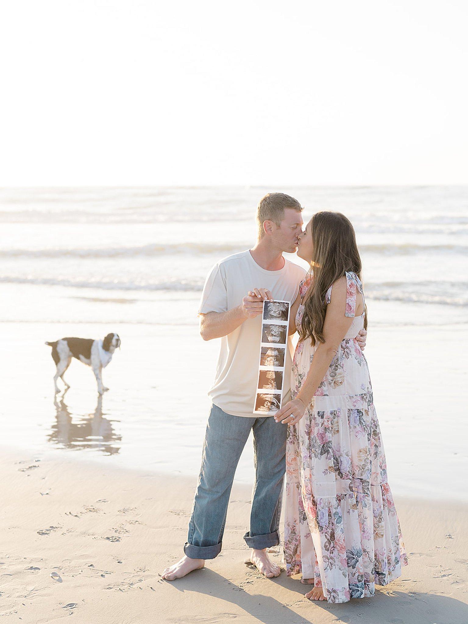 Ocean City NJ Gender Reveal Pregnancy Photography by Magdalena Studios 0025