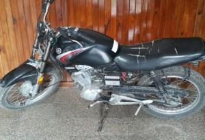 Secuestran motocicleta con numeración adulterada
