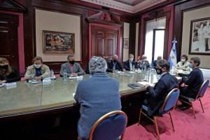 Kicillof recibió a representantes de entidades de producción de carne vacuna