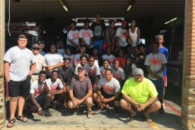Trojan Basketball Teams Give Back to the City