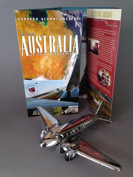 Pionair / Harvard Alumni Association 'Discover Australia by air' brochure, front cover.