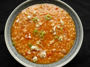 Tarhana-Suppe mit Tomaten