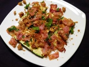 zucchini mit Speck-gremolata