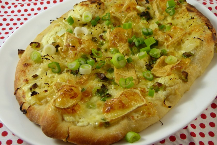pizza mit bierteig und sauerkraut